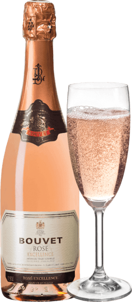 Rose Brut Excellence af Bouvet fra den franske vindyrkningsregion Val de Loire er en charmerende, aromatisk og afbalanceret cremant, der er vinificeret efter den traditionelle metode I glasset glitrer denne mousserende vin i en delikat lakserosa med glitrende refleksioner. Perlen stiger til overfladen i fine perlestreng. Den udtryksfulde buket fortryller næsen med en frugtagtig aroma af røde frugter - især rødbær kommer i forgrunden. På ganen udvikler den røde bærfrugt sig til frisk cassis og intens ferskenfrugt i vingården. En harmonisk, velstruktureret og kraftfuld cremant. Meget tæt og udtryksfuldt. Vinificering af Bouvet Excellence Crémant de Loire Brut Rosé Excellence Crémant de Loire Brut Rosé fra Bouvet Ladubay er en mousserende vin rig på finesse og en ægte specialitet fra Loire. Som alle Bouvet Crémants blev denne Bouvet Ladubay Crémant produceret efter champagnemetoden eller Méthode traditionnelle, ligesom Bouvet i Saumur har gjort i en lang tradition siden 1851. Fødevareanbefaling til Bouvet Rosé Brut Excellence Denne fremragende cremant er ikke kun velegnet som aperitif, men supplerer også perfekt grillet skaldyr eller fin kalvefilet.