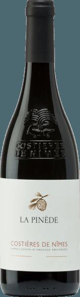 Vi tager dig med på en tur til Frankrig og viser ukomplicerede, harmoniske og frugtagtige vine! Uanset om det er vine fra Bordeaux, Languedoc, Gascogne eller den sydlige Rhônedal - vi har meget i bagagen! Og så hver dråbe ender i glasset, er der også inkluderet en VINELLO.-vinhælder. Introduktionspakken med 6 pakker - vidunderlige rødvine fra Frankrig inkluderer: Agneau Rouge Bordeaux af Baron Philippe de Rothschild En afbalanceret rødvin fremstillet af Cabernet Franc, Cabernet Sauvignon og Merlot (12,5 volumenprocent) Horgelus Rouge Merlot Tannat fra Domaine Horgelus En vidunderlig blanding af Merlot og Tannat (12,5 Vol%) Merlot de La Chevalière af Laroche En sort rødvin fremstillet af Merlot (13,0% vol) Réserve af Arrogant Frog En frugtagtig rødvinblanding fremstillet af Grenache, Mourvedre og Syrah (14,0 volumenprocent) La Pinède Costières de Nîmes af Picard Vins & amp; Spiritueux En elegant vin fremstillet af Grenache, Mourvedre og Syrah (12,8 Vol%) Bordeaux Supérior fra Château Haut-Barry En aromatisk rødvin fremstillet af Cabernet Franc, Cabernet Sauvignon og Merlot (12,5% vol) < / li> En gratis VINELLO-vinhælder