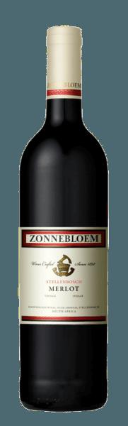 Zonnebloem Merlot afslører sig i glasset i en rubinrød og forfører med de vidunderlige aromaer af mørke bær som blåbær og brombær. Denne buket afrundes af antydninger af tobak og eg. Denne elegante rødvin fra Sydafrika er til stede i ganen med lækre røde frugtnoter og er tilgængelig med perfekt integrerede og afbalancerede tanniner. Vinificering til Zonnebloem Merlot Druerne til denne Merlot fra Stellenbosch blev plukket i hånden og derefter gæret i 10 til 12 dage. Efter malolaktisk gæring modnes vinen i en kombination af franske og amerikanske egetønder og ståltanke i en periode på 12 måneder. Fødevareanbefaling til Zonnebloem Merlot Nyd denne tørre rødvin med et andeben med en pepperkageskorpe på en orange sauce eller med kyllingevinger.